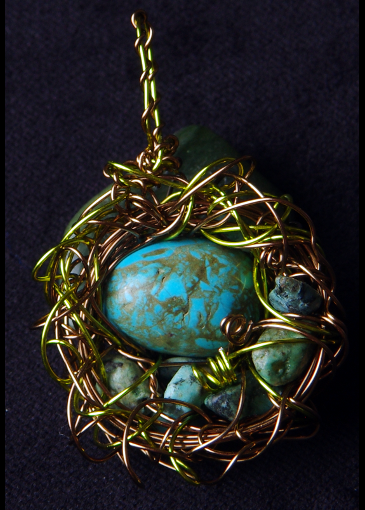 Picture of Shape Shifters Haven Bird Nest Pendant