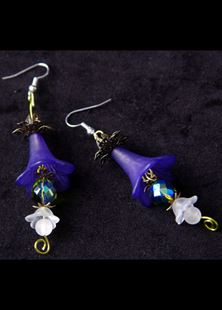 Picture of Victorian Memories Floral Earrings