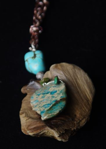 Picture of Driftwood with Healing Jasper Necklace