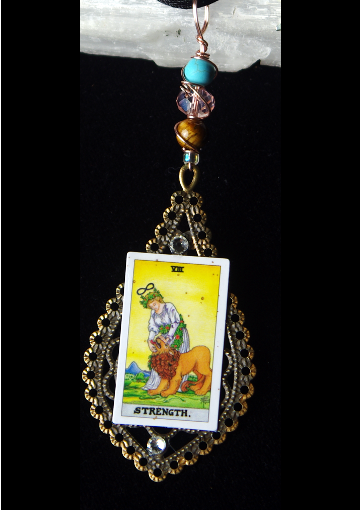Picture of The Strength Tarot Card Pendant
