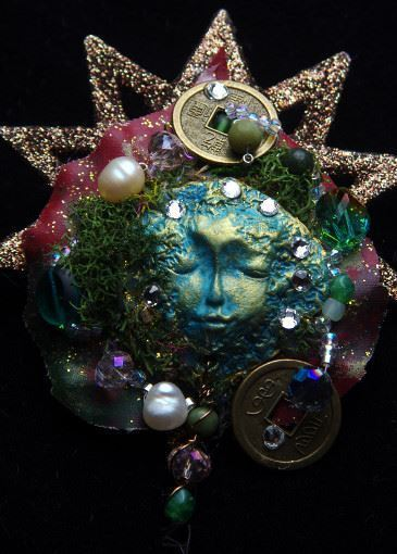 Picture of Goddess of Fortune Brooch